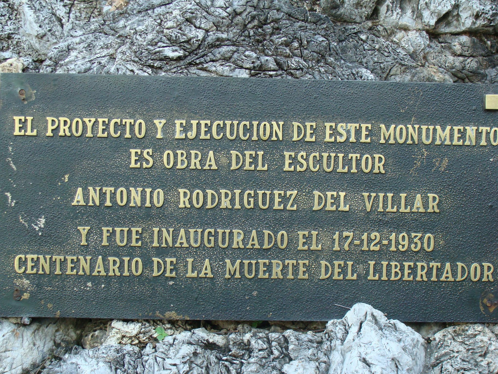placa del monumento del altar de lapatria