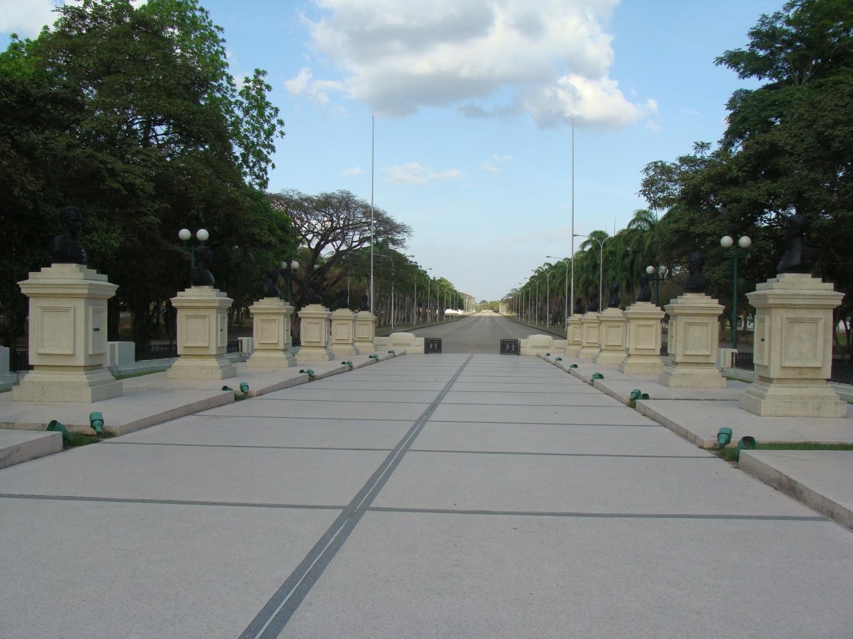 esculturas de soldados